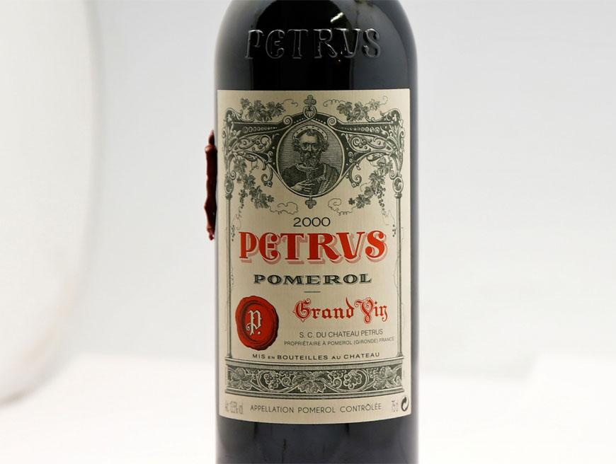 Rượu vang ủ cách nào để bán được 1 triệu USD mỗi chai?